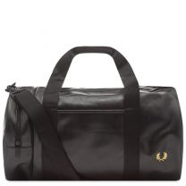 Inspired by styles from the Fred Perry archive, the classic barrel bag gets a black and gold update. The spacious main compartment will work for business, bootcamp or overnight stays while plenty of pocket space protects smaller essentials like wallets, p